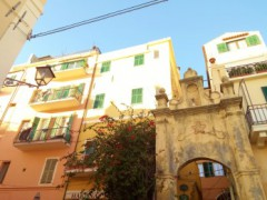 Historic Apartment along the Walls of Bordighera Alta - 1