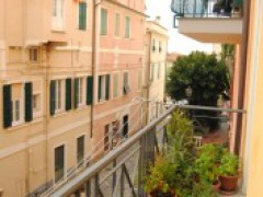 Historic Apartment along the Walls of Bordighera Alta - 2